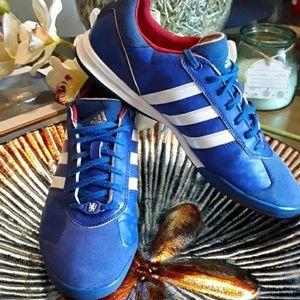 Adidas chelsea football club sz 10